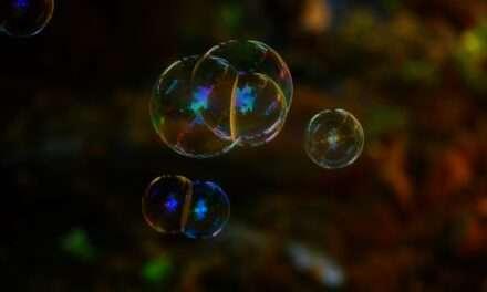 Ex-Fed Chief Greenspan's Bond Bubble Warning